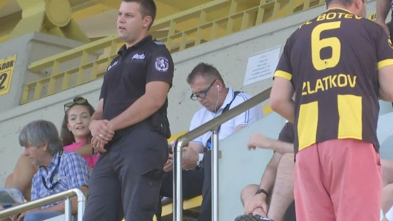 Акрапович ще наблюдава дербито от трибуните в Коматево