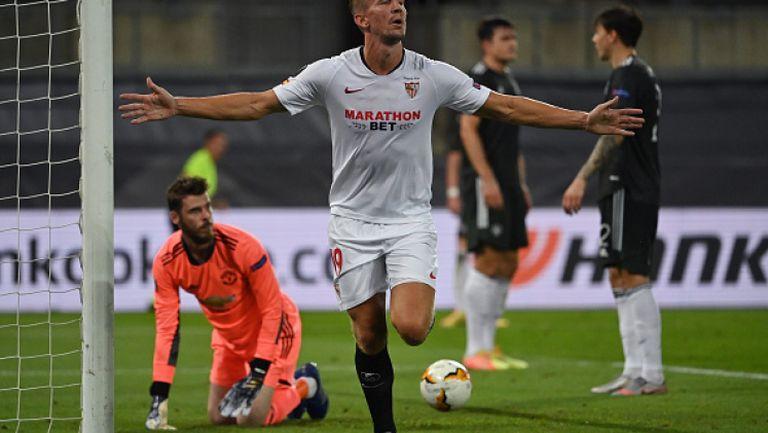 Люк де Йонг срази защитата на Ман Юнайтед и изведе Севиля напред