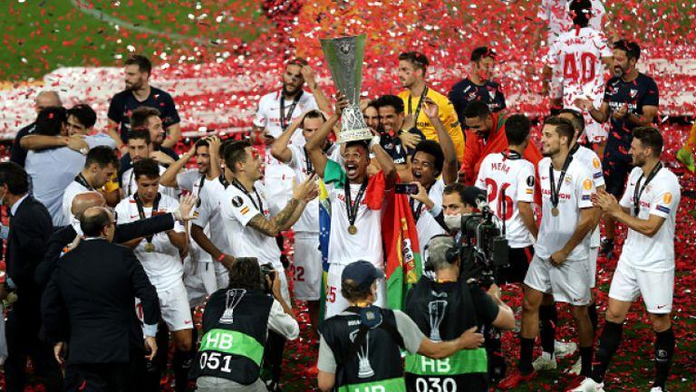 Севиля вдигна трофея на Лига Европа