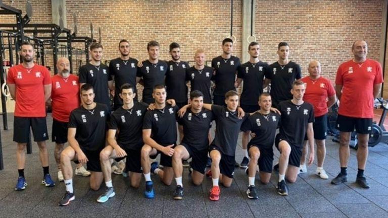 Младежки национали пробваха спортния център на Левски