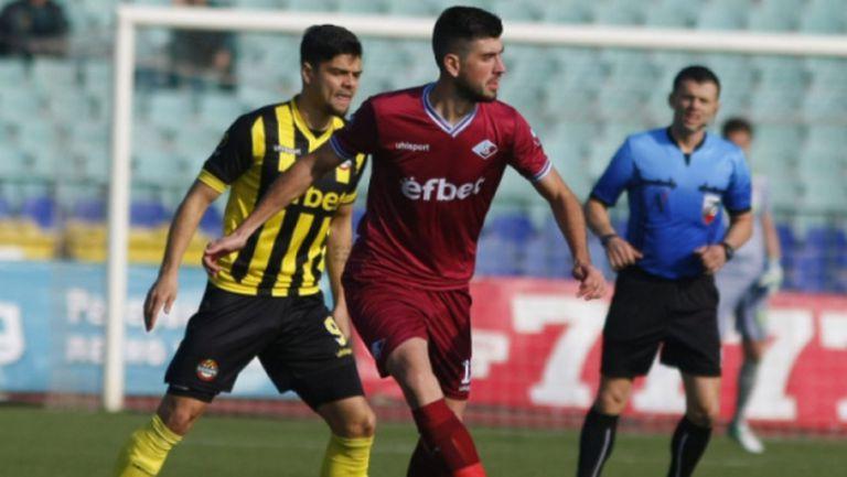 Ботев (Враца) се подсили с играч на Славия