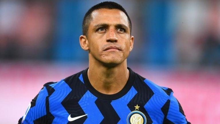 Алексис прибрал още 9 милиона от Юнайтед, за да си тръгне