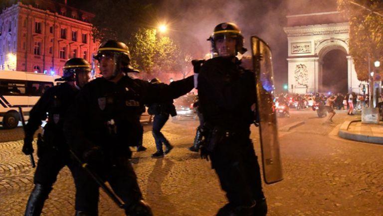 Безредици в Париж след триумфа на ПСЖ