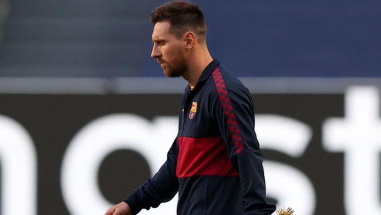 Меси прекъсна ваканцията си и спешно се прибра в Барселона