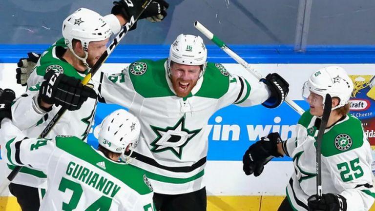 Далас обърна и разгроми Калгари в НХЛ