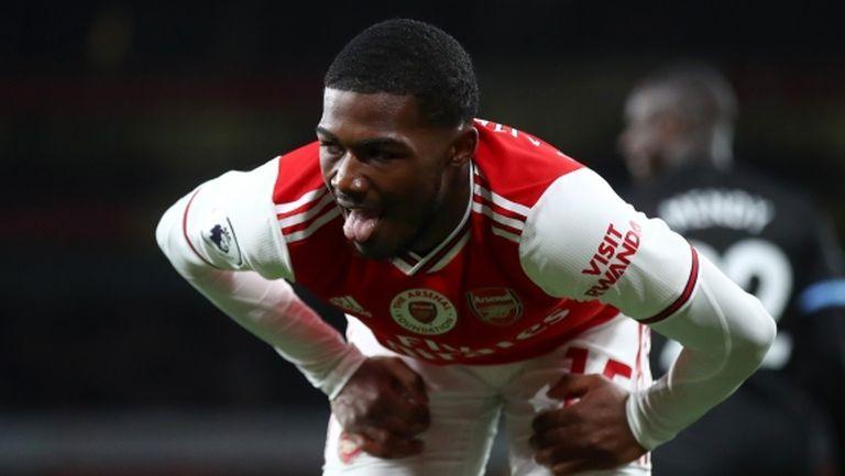 Уулвс се включва в битката за талант на Арсенал