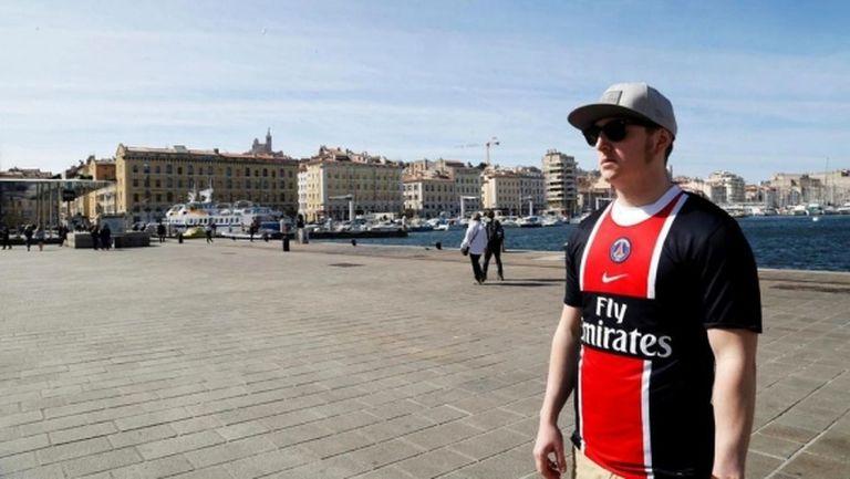 Полицията премахна забраната за носене на фланелки на ПСЖ в центъра на Марсилия