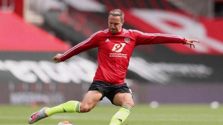 Ветеран подписа за още една година с Шефилд Юнайтед