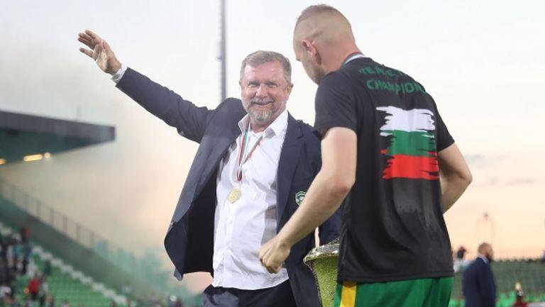 Върба голям оптимист за българските отбори в Европа, разкри слабостта на Мидтиланд (видео)