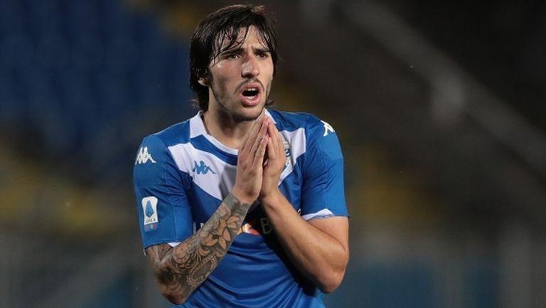 Милан изпреварва Интер за Тонали