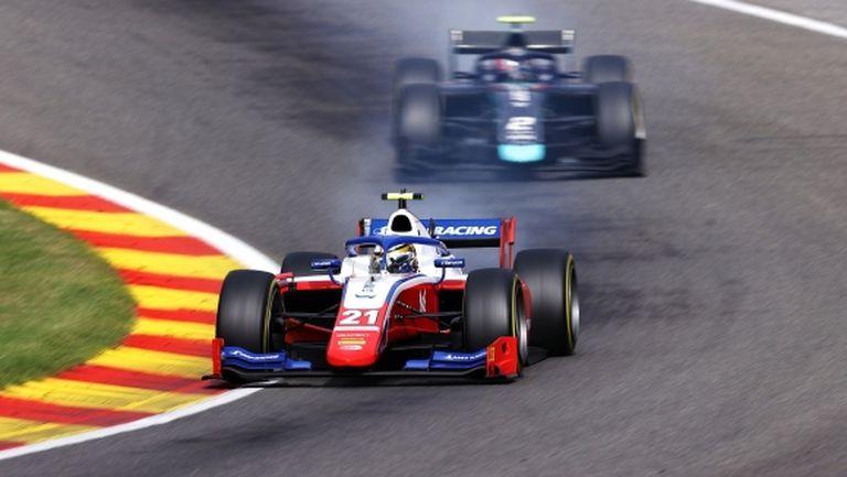 """Шварцман се върна на върха във Формула 2 след великолепна победа на """"Спа"""""""