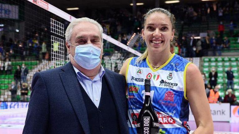 Христина Вучкова с 11 точки и MVP в дебюта си за Конеляно
