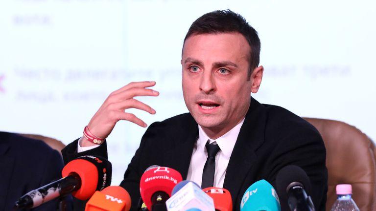 Бербатов имал договор с азиатски букмейкър до края на 2022 година