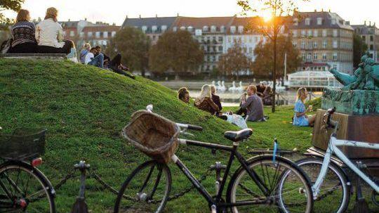 """Представянето на отборите в """"Тур дьо Франс"""" през 2022 ще се проведе в градините Тиволи в Копенхаген"""