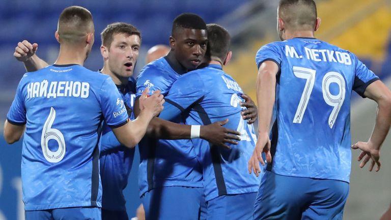 Хеттрик на Робърта прати Левски на 1/4-финал за Купата след 3:1 над Берое