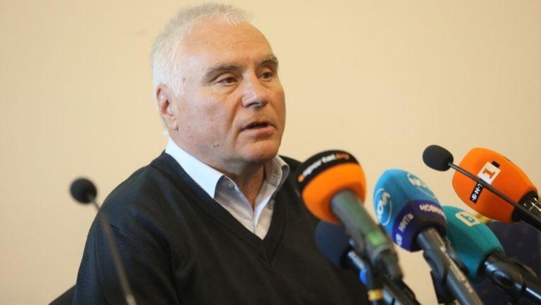 Шефът на съдиите: Подкрепям Попов, нямаше дузпа срещу Левски (видео)