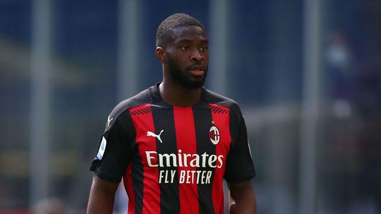 Милан опитва да свали цената на Томори