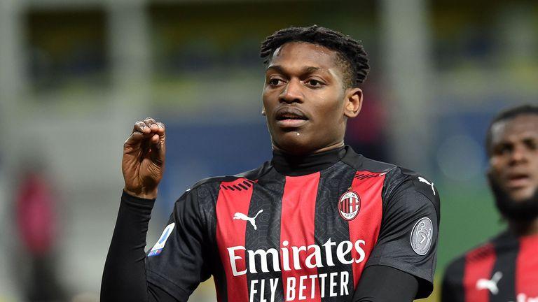 Евертън и Юве оглеждат като опция нападател на Милан