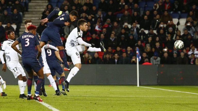 ПСЖ и Бордо на полуфинал за Купата на Лигата (видео)