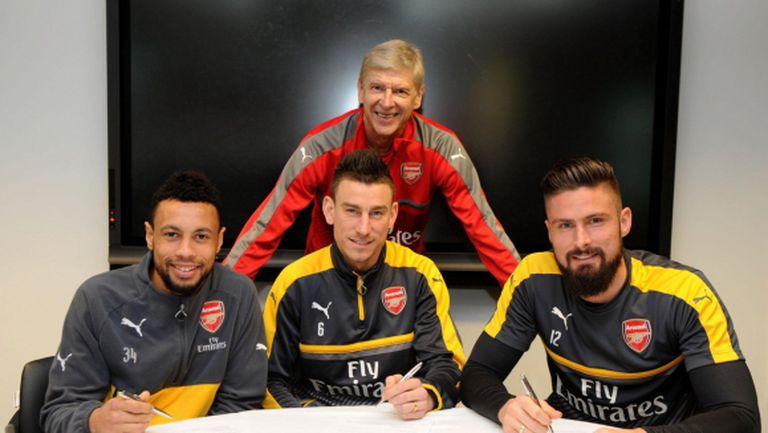 Трима от Арсенал преподписаха за дълго