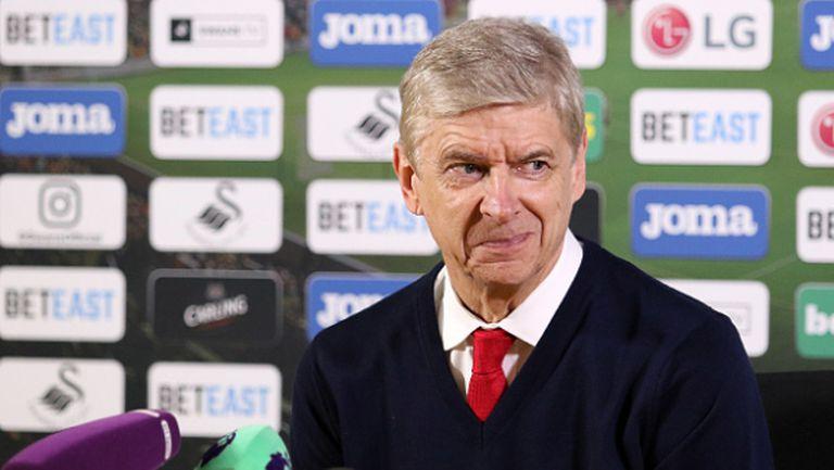 Венгер успокоява шефовете на Арсенал с новия си договор