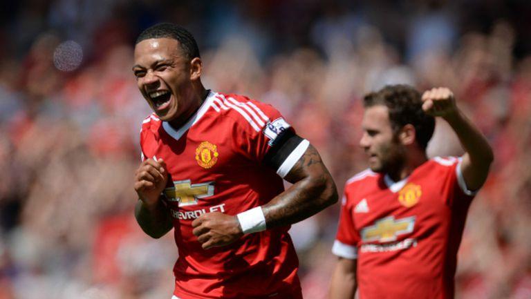 Депай се разбра с Лион, но Юнайтед чака по-висока оферта
