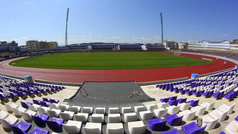"""Стадионът в Търново """"светва"""", ако Етър се върне в елита"""