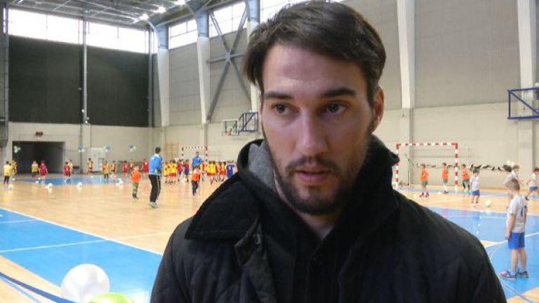 Попов пред Sportal.bg: Разбирам Петев, искаше да работи всеки ден
