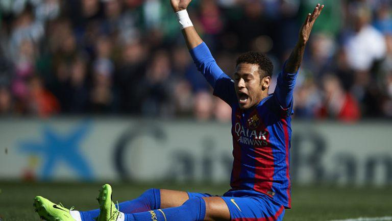 Имаше и дузпа за Барселона, твърди съдийски анализатор