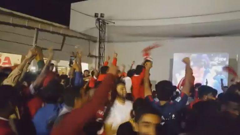 Радост в Манчестър след победата над Ливърпул
