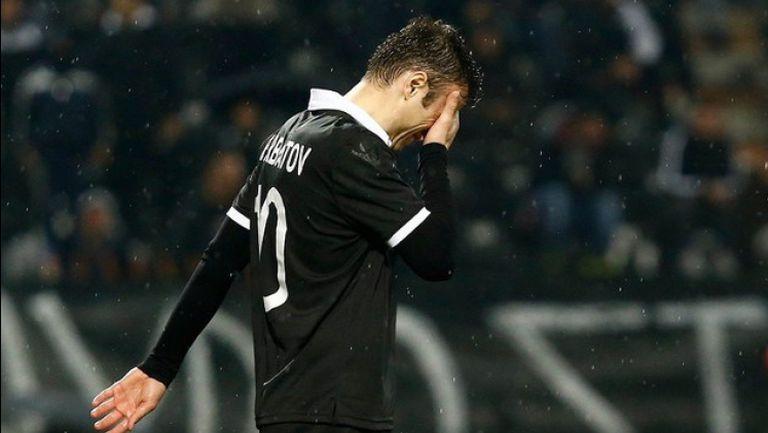 Бербатов плаче след контузията си
