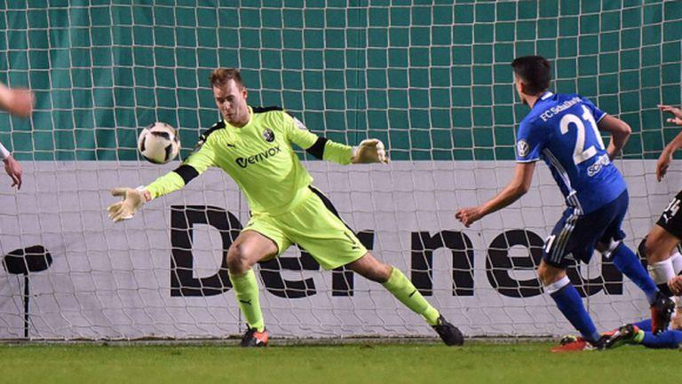 Шпортфройнде Лоте изхвърли Мюнхен 1860 за Купата