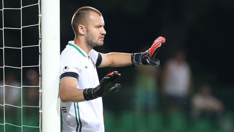 Пирин взе национал за мача с Левски