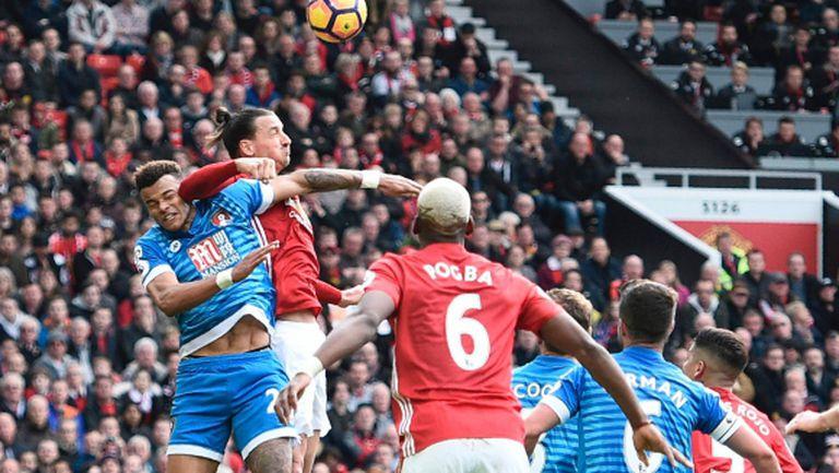 Златан с лакът и пропусната дузпа, Юнайтед отново изпусна точки (видео)