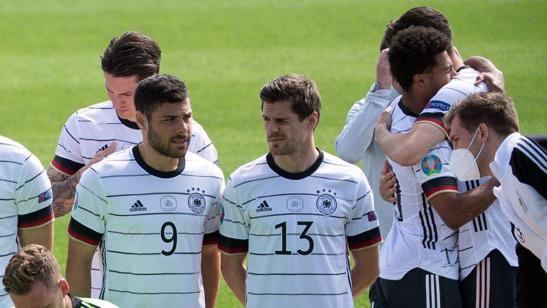 Йонас Хофман остава в състава на Германия