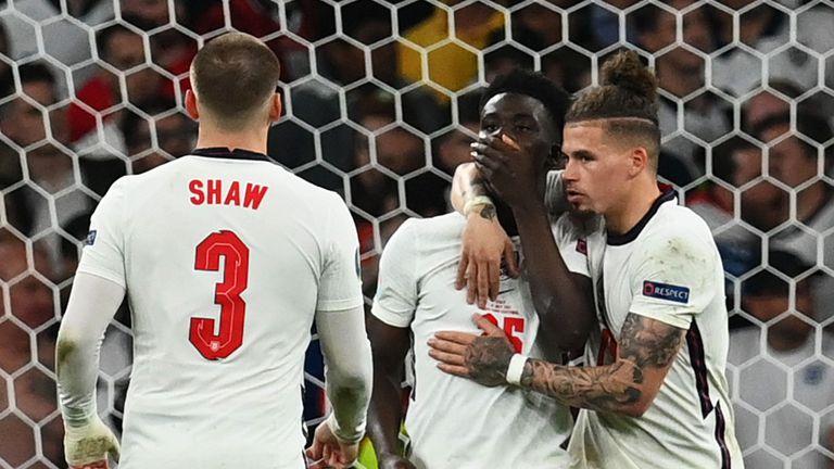 УЕФА също осъди расистките обиди срещу Рашфорд, Санчо и Сака
