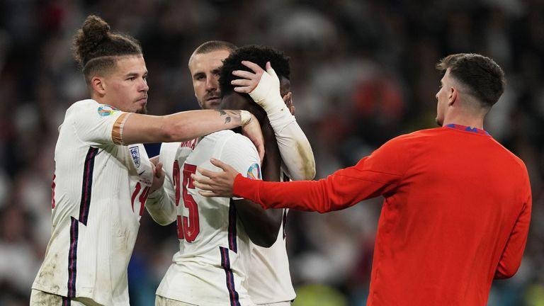 Арсенал подкрепи Сака след финала на Евро 2020
