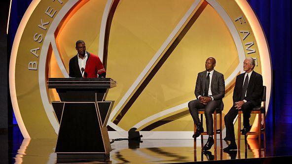"""Тони Кукоч, Крис Бош, Пол Пиърс и други влязоха в """"Залата на славата"""" на НБА"""