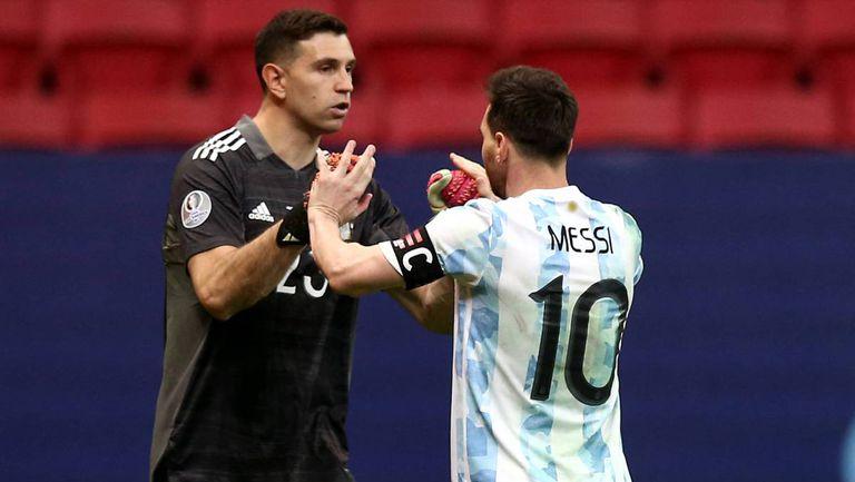 Меси: Емилиано Мартинес е сред най-добрите вратари в света
