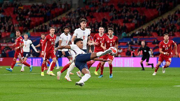 Англия стъпи накриво у дома срещу Унгария след равенство 1:1