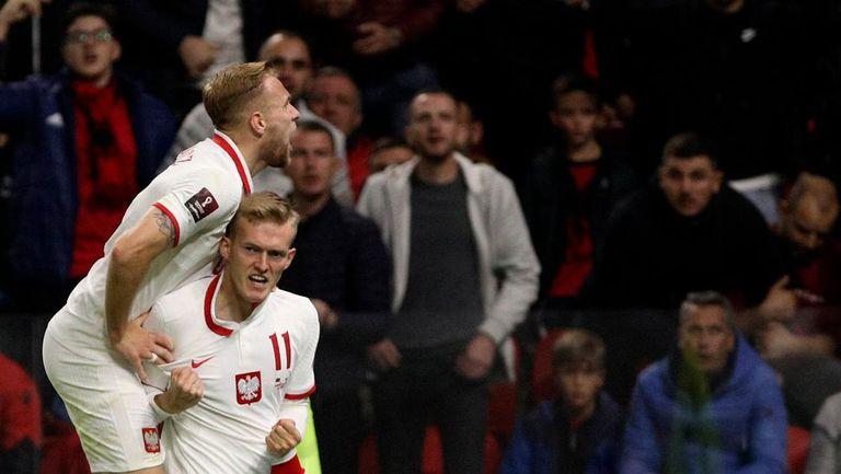 Полша с безценен успех в Тирана, мачът бе прекъснат заради ексцесии