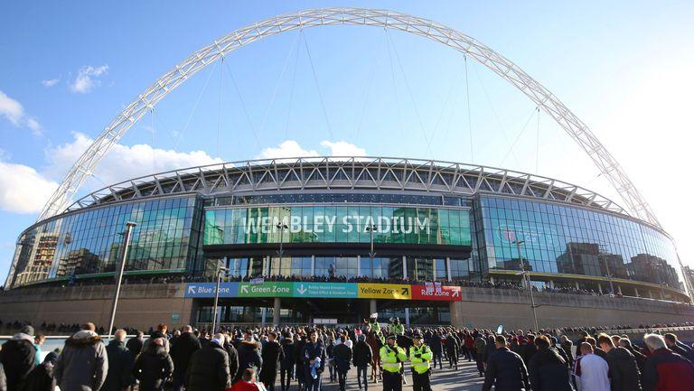 Ман Сити и Тотнъм ще получат по 2000 билета за финала за Купата на лигата, правят по три теста на феновете