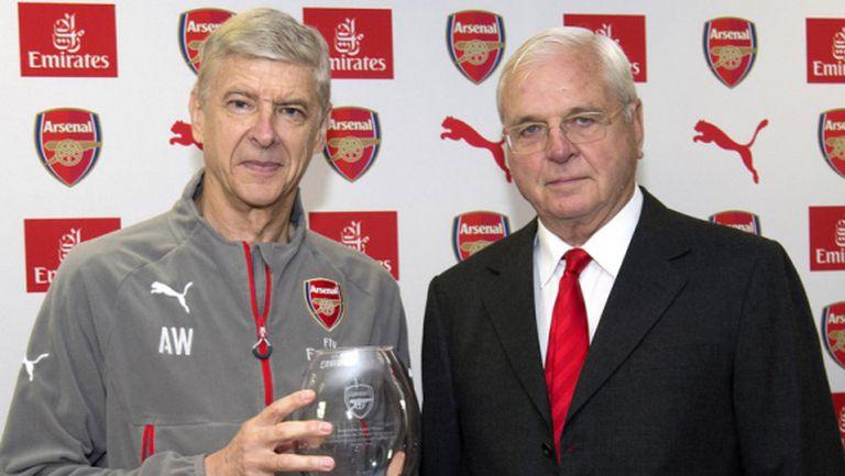 Президентът на Арсенал: Ще вземем решението за Венгер заедно