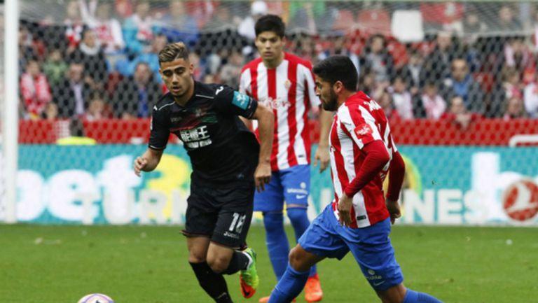 Хихон остава в играта след три гола за 7 минути (видео)
