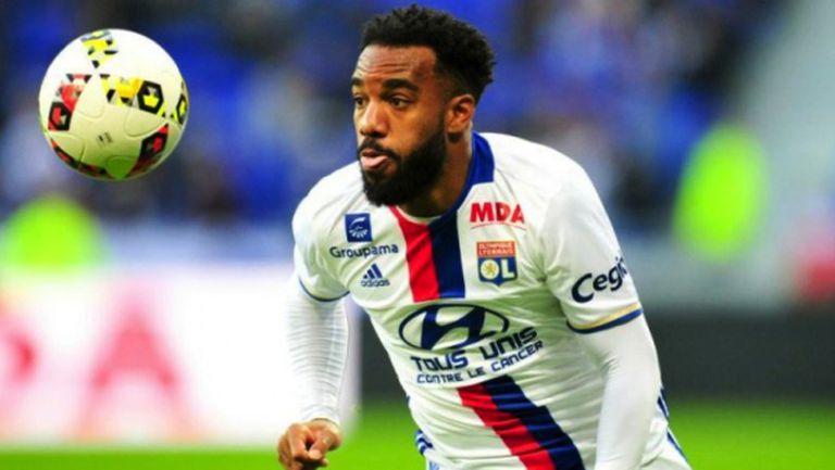 Атлетико оформя френско трио в атака