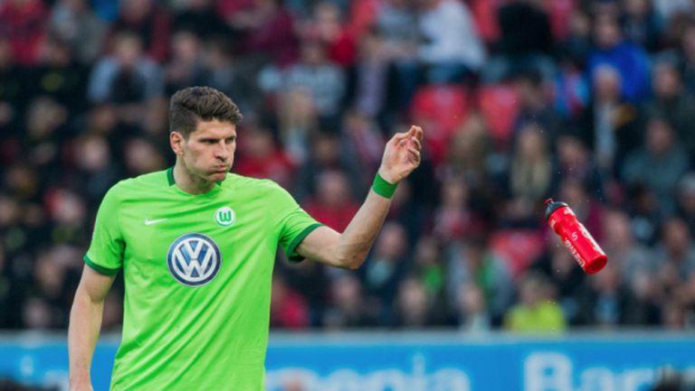 Марио Гомес заби хеттрик за 7 мин., но и това не стигна на Волфсбург (видео)