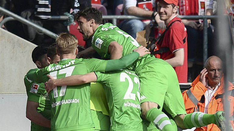 Гладбах изтръгна победата срещу Кьолн (видео)