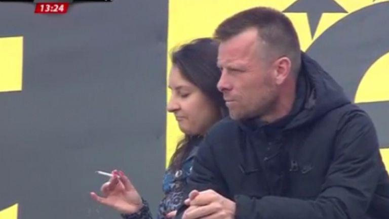 Топчо гледа Левски сред феновете