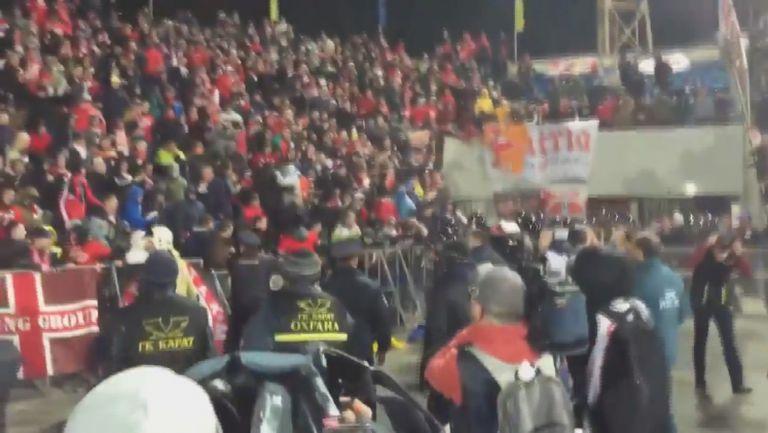 Феновете на Спартак (Москва) атакуваха полицията след края на мача с Ростов