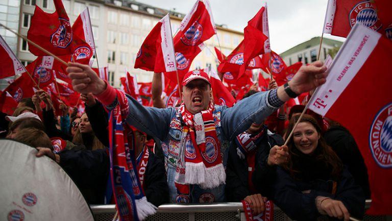 Байерн празнува пред 15 000 в центъра на Мюнхен